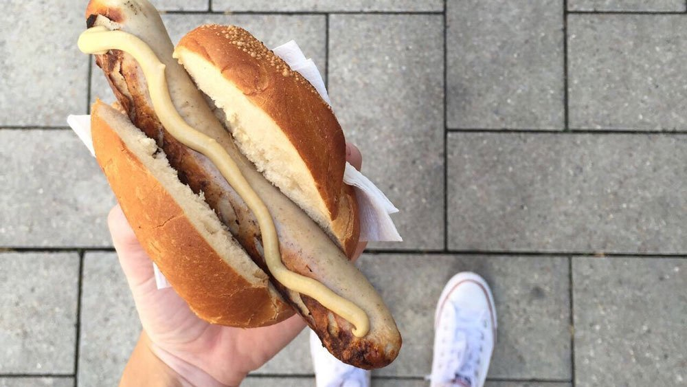 German-Bratwurst-in-the-street