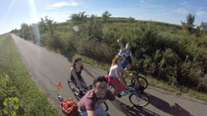 group-biking-around-hungary-worldvia