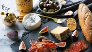 italy-meat-and-cheese_worldvia