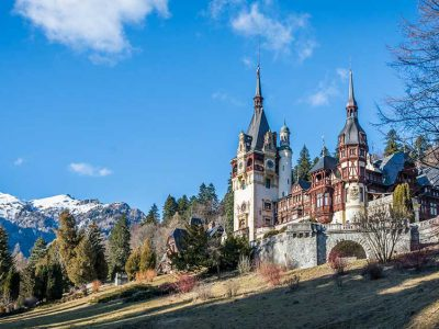 romania_peles_castle_worldvia